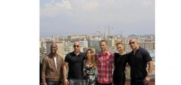 Gibson, Vin Diesel, Elsa, Walker, Gadot si Dwayne