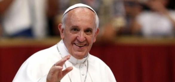 Papa Francisco surpreende com suas boas ações