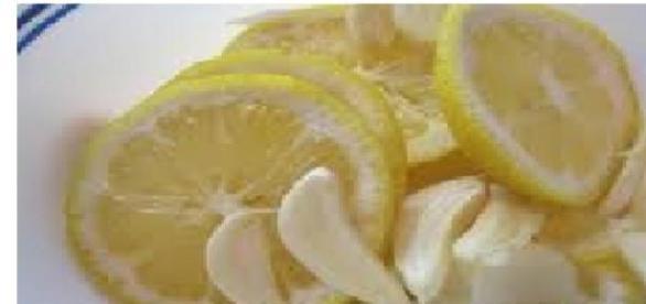 Usturoiul și lămâia, două antibiotice naturale