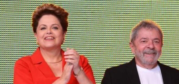 Dilma e Lula defendem a mudança no país