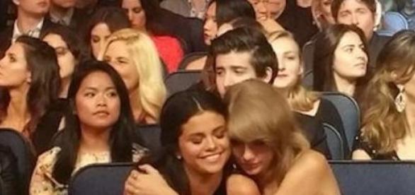Taylor Swift und Selena Gomez sind beste Freunde.