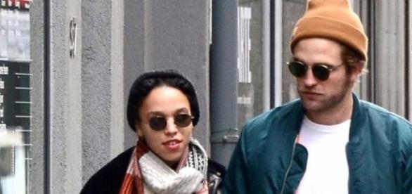 Robert Pattinson mit seiner FKA twigs.