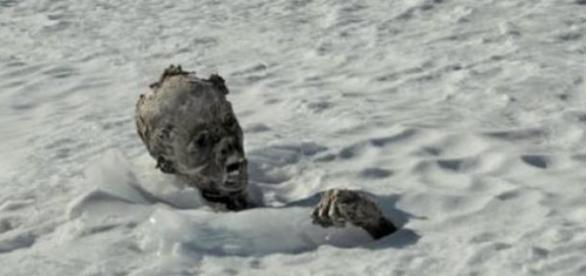 Um dos corpos encontrados