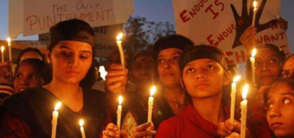 En Inde, un homme suspecté de viol a été lynché.