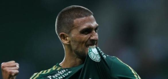 Rafael Marques garante vitória do Palmeiras