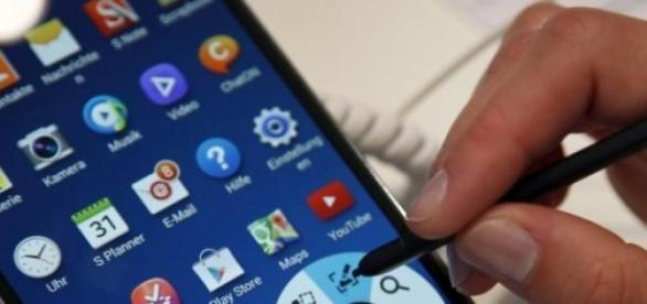 """Smartphone-urile sunt o """"problema"""" pentru tineri!"""
