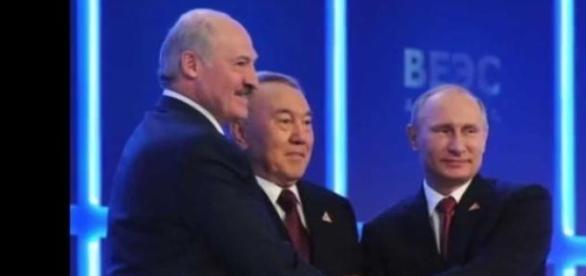 V. Putin, A. Lukashenko si N. Nazarbayev