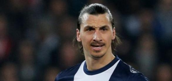 Ibrahimovic, suspendido 4 jornadas en Francia