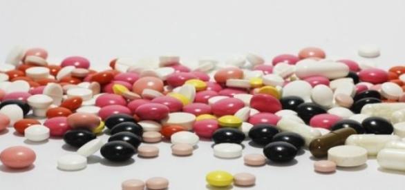Remédios devem ficar em local seguro