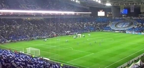 Afición del Porto abarrotará el estadio Do Dragao