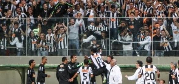 Clássico Atlético e Cruzeiro empatam no Horto.