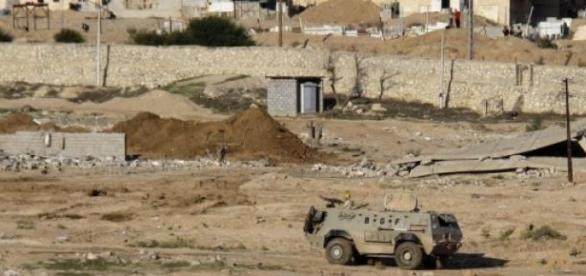 Des soldats dans un char blindé sont morts.