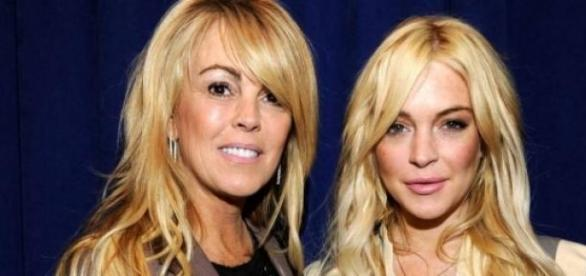 Dina e Lindsay Lohan juntas