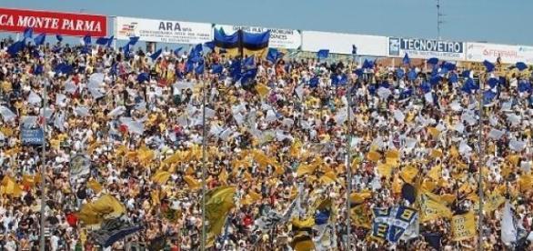 En el estadio Ennio Tardini, Parma ganó de local