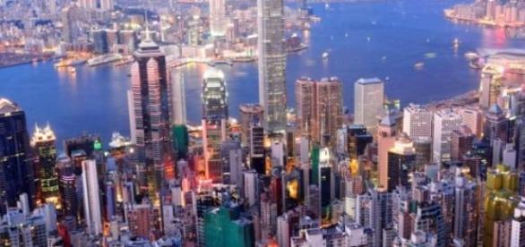 Hong Kong est envahie par le revendeurs.