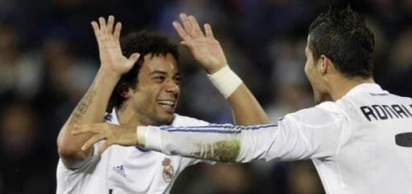Marcelo e Ronaldo são bons amigos.