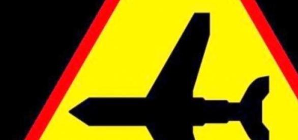 Znak drogowy informujący o lotnisku