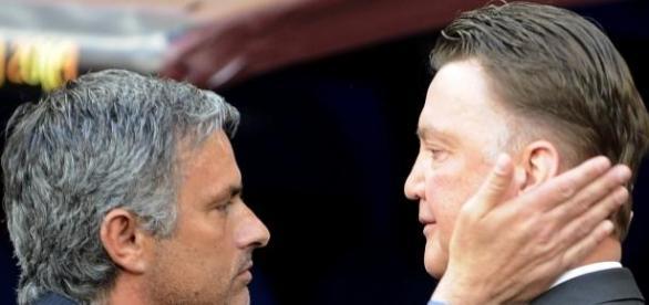 Mourinho and Van Gaal battle for Nathaniel Clyne.