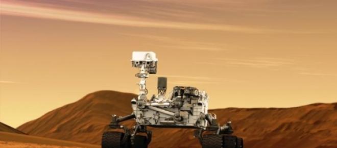 A Curiosity descobriu indícios de água líquida.
