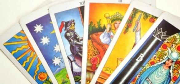 Carti de tarot care stau sub semnele zodiacale