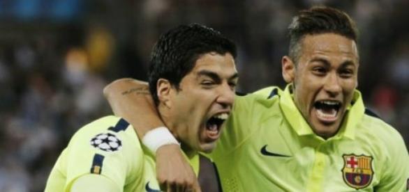 Suáres e Neymar brilham na vitória do Barcelona