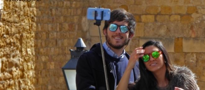 Llega el fin del palo-selfie