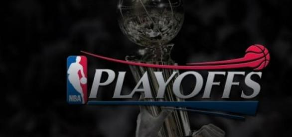 Confrontos pelos Playoffs da NBA começam sábado.