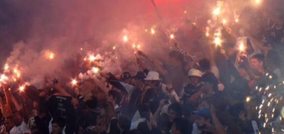 Fiel empurrou o Corinthians