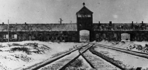 Comey: Polacy współodpowiedzialni za Holocaust