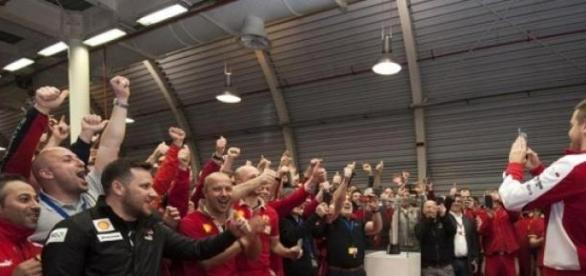 Ferrari festejou o primeiro GP desde 2013.