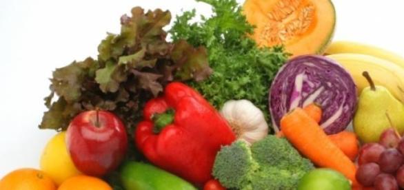 Fructe şi legume din cămară