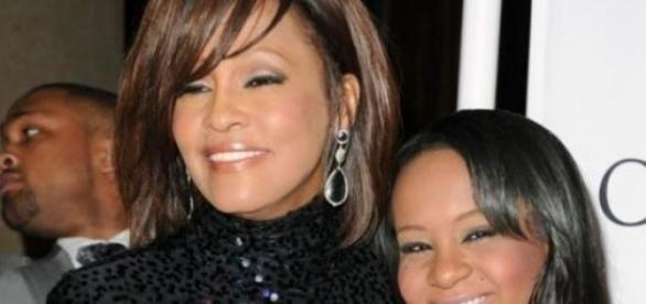 Bobbi Kristina com a mãe, Whitney Houston