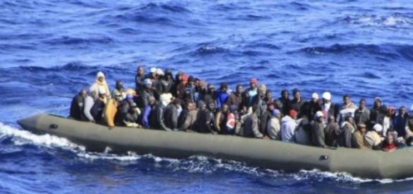 Les migrants arrivent en quantités importantes.