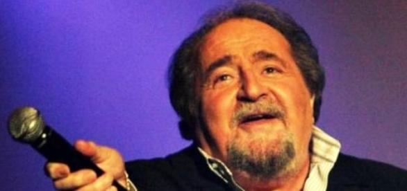 Morre aos 77 anos o cantor francês Richard Anthony