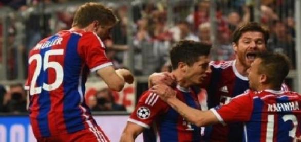Bayner Múnich avanza a semifinales de Champions