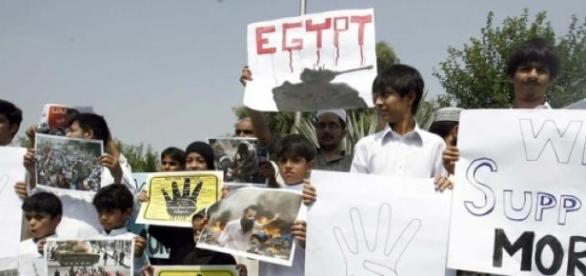 Egipt: prezydent Morsi skazany na 20 lat więzienia