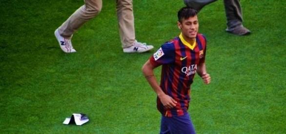 El brasileño Neymar anotó los goles del Barcelona