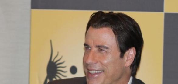 Travolta verteidigt Scientology