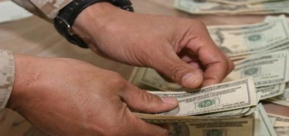Ricos são mais avarentos, segundo pesquisas.