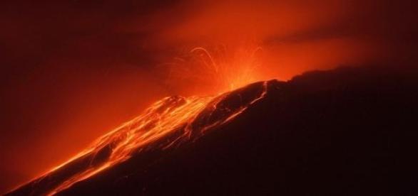 Uno de los  volcanes mas peligrosos de toda Chile.