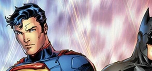 Batman VS Superman - The relationship decoded!