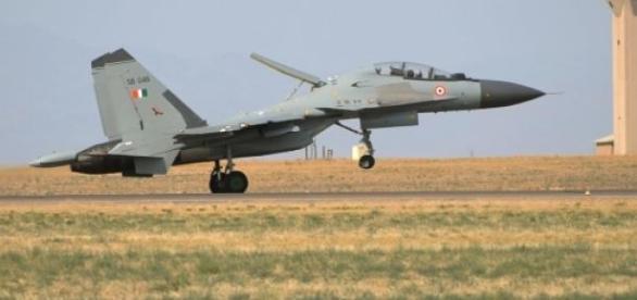 Caça Su-30 cuja construção na Índia deu problemas.