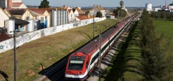 Caminhos-de-ferro portugueses vão estar na Google