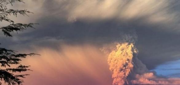 El Calbuco entra en erupción tras 43 años