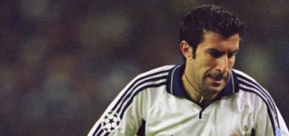 Figo jogou no Real entre 2000 e 2005