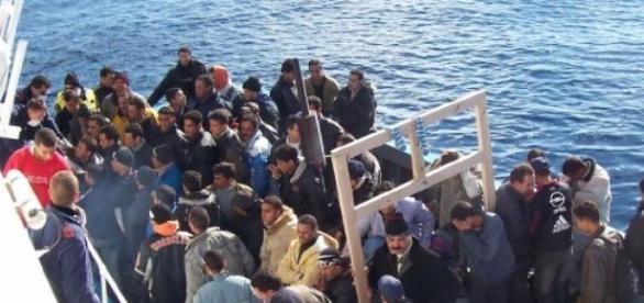 Immigrati nel canale di Sicilia