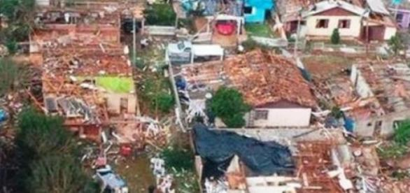 Xanxerê foi destruída por um tornado