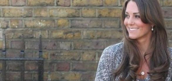 Kate Middleton primeste sfaturi de la mamici