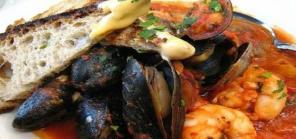 Il cacciucco, piatto tipico livornese