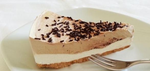 La squisita torta gelato con panna